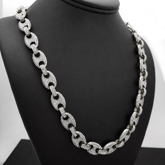 199a04abb5eb White Gold Luxury Iced Out Gucci Mariner Chain NEW. NWT.  99  300. Size